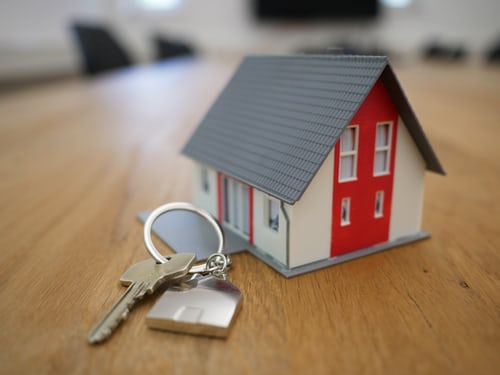 The three main reasons to work with a conveyancing specialist for buying and selling